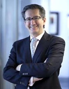 Dr. Jesús San Miguel.